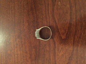 Man ring 14 carat gold with diamonds West Island Greater Montréal image 2