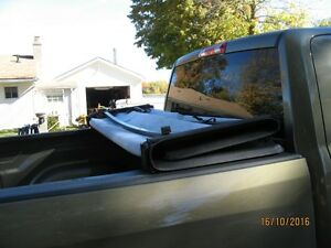 tri-fold tonneau cover for ram 1500 5FT. 7In Kawartha Lakes Peterborough Area image 4