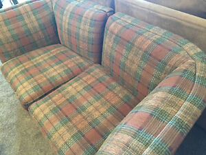 Selling 2 plaid chairs Peterborough Peterborough Area image 4