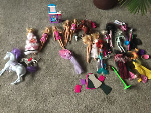 Barbies & accessories