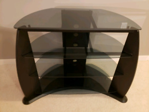4 Teir Glass and Steel shelf TV stand