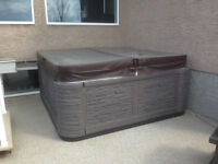 6 Man Hot Tub With Lounger