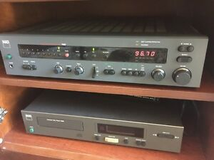 NAD 7000 AM FM integrated Stereo Receiver with remote control  Kitchener / Waterloo Kitchener Area image 1