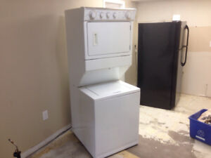 Stacking Whirlpool Apartment Washer/Dryer