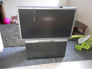 """50"""" TV projector style works great free"""