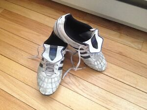 Adidas soccer cleats size 7