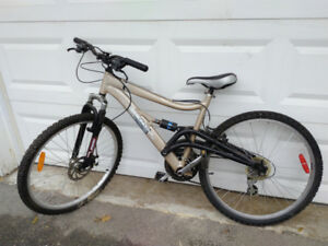 Diamondback Mountain Bike for Sale