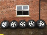 5 Land Rover defender general grabber tyres and alloys