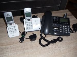 AT &T 3-Handset Cordless Phone with Digital Answering System.