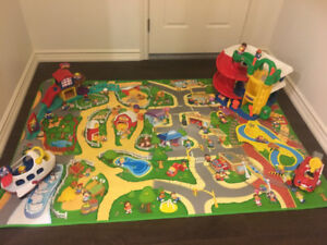 FISHER PRICE LITTLE PEOPLE MAT AND TOYS USED