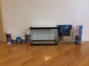 2.5 Gallon Tank With Accessories Never Been Used