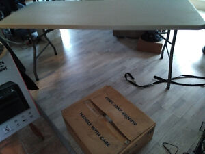 6 Ft Office Star Resin table (291/4 wide). Great for various use