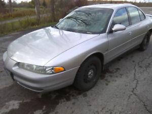 2000 Oldsmobile Intrigue GLS Sedan $775
