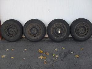 195/65R15 - Pneus Hiver Toyo et jantes (rims) 15 pouces