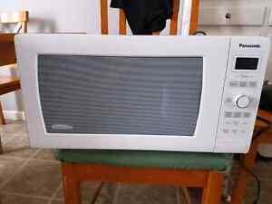 Panasonic 1200 watt microwave