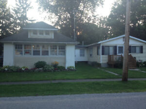 Beautiful Cottage in Crystal Beach for Rent