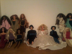 Barbies , poupees de porcelaine