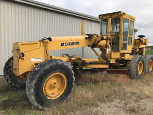 Champion or Leyand  Grader for Sale