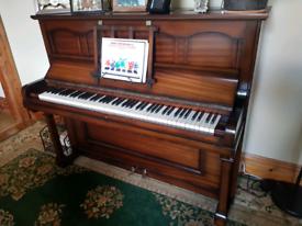Piano (upright)