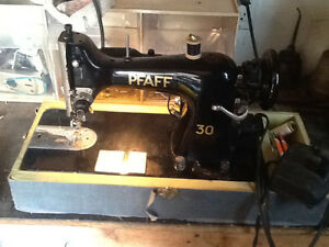 Vintage Pfaff 30 sewing machine