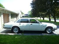 "Jaguar XJ6 ""The Ultimate Luxury Car"""