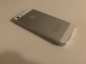 iPhone 5s 32gb silver/white AT&T