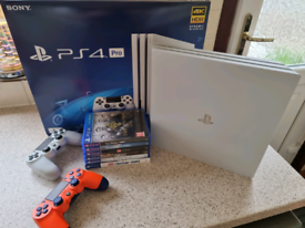 Glacier White 1TB Playstation 4 Pro Boxed