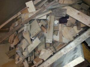 bois d'allumage sec et propre fire wood bois de chauffage