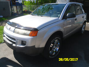 Saturn VUE 2wd , a/c ,5 spds ,only 99500km