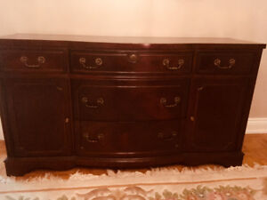 Knechtel Windsor Mahogany Dining Room Table Buffet For Eight