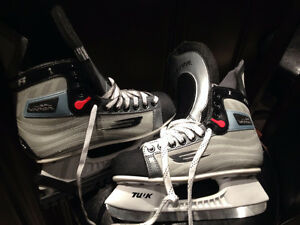 BAUER AND MISSION 4 SKATES London Ontario image 4