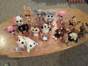 17 Beanie Boos, excellent condition, look new, with TAGS.