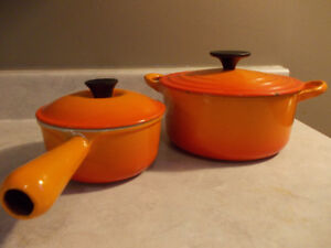 Cocotte LE CREUSET vintage, modele B, couleur flame orangé