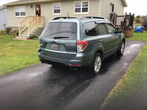 2011 Subaru Forester X touring SUV, Crossover/SOLD