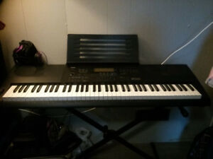 Casio WK-6600 76-key Electronic Keyboard