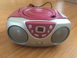 Free Radio with CD, not powering ON
