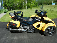 Fully Loaded CanAm Spyder in Mint Condition