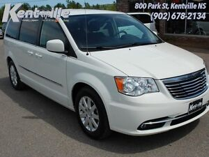 2013 Chrysler Town  Country Touring  -  Power Tailgate -  Sirius