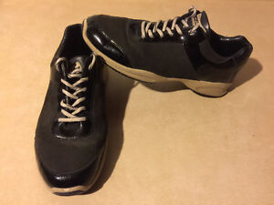 Women's Sport-I-Que Donald J Pliner Shoes Size 10 London Ontario image 8