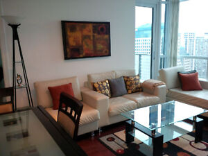 May: Furnished Downtown 2 Bedroom + Large next to Union & Harbou