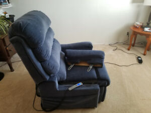 Recliner -lifting for sale