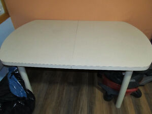 dining table without chair Peterborough Peterborough Area image 1
