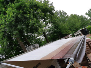 Ttrailer awning 19 ft . Good condition no rips