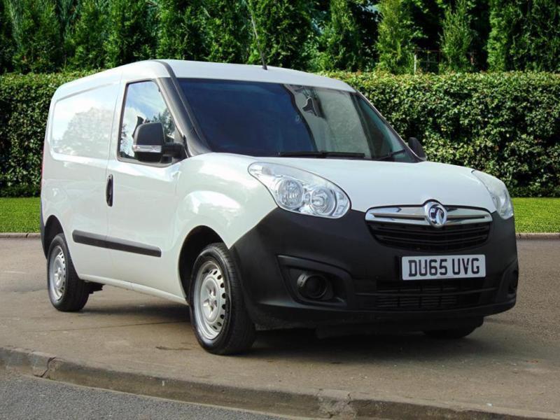 2df691f0632e18 2015 Vauxhall Combo 2000 L1h1 1.3 Cdti Diesel white Manual