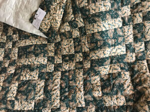 Rare Item - New King Size Quilt / Queen Bedspread