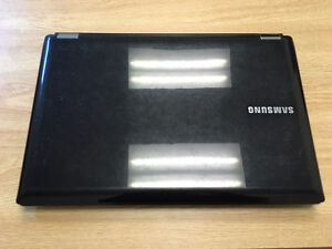 Selling SAMSUNG RC530, back color.