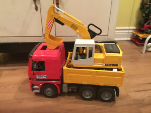 Bruder Camion & Pelle mécanique / Truck and Digger