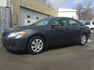2010 TOYOTA CAMRY LE 4 CYLINDRES  AUTOMATIQUE IMPECCABLE!!!