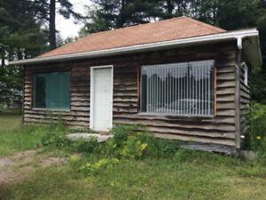 petite maison à vendre