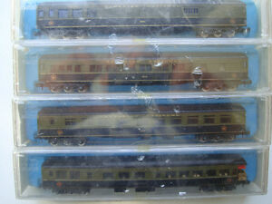 Model Train N scale Rivarossi professional passenger cars